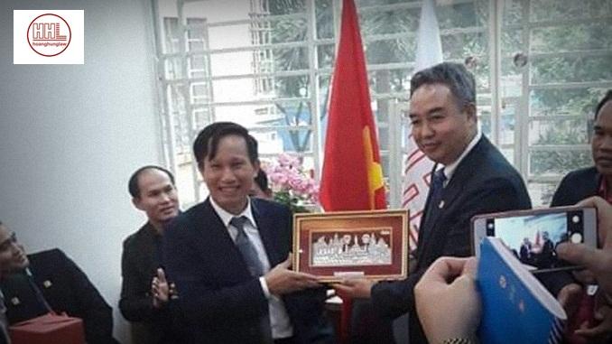 Chuyến thăm của những vị khách đặc biệt đến từ nước bạn Lào